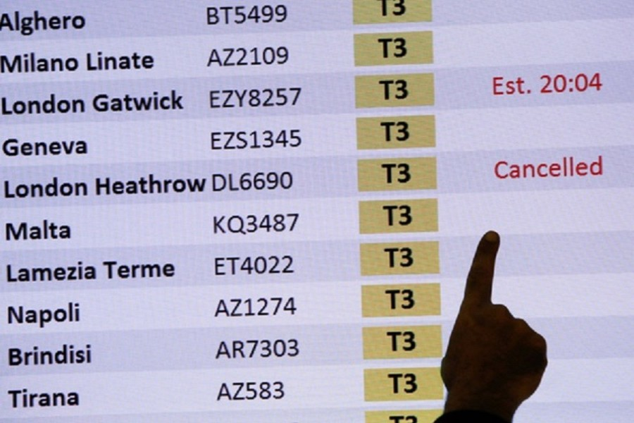 India suspends all flights from UK until Dec 31