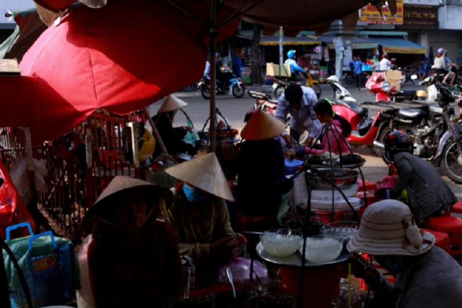 Vietnam's growth slips to 30-year low