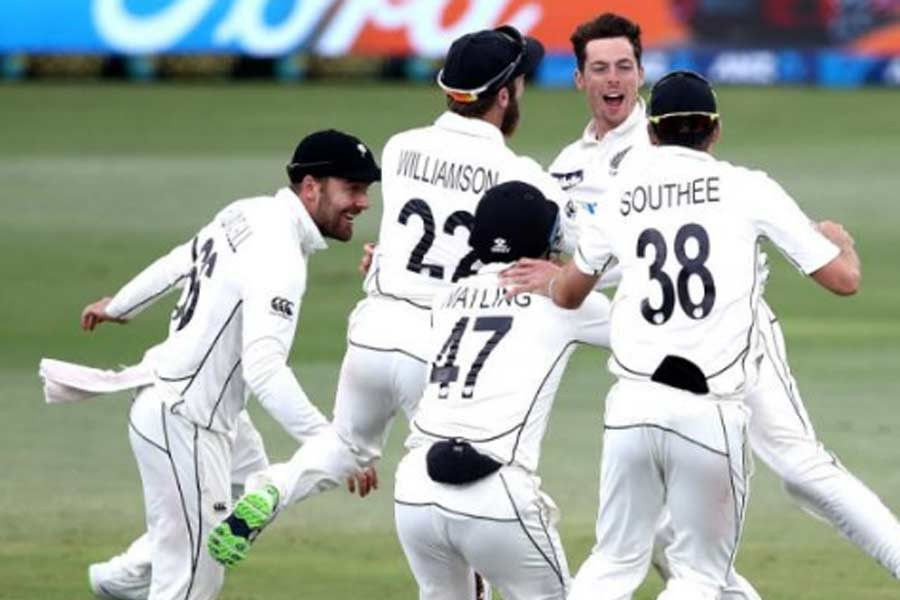 1st Test: NZ need 7 wkts, Pakistan 302 runs to win