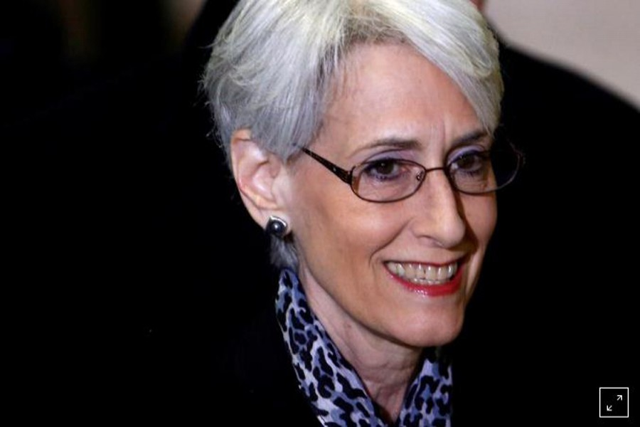 FILE PHOTO: Wendy Sherman arrives for a meeting on Syria at the United Nations European headquarters in Geneva February 13, 2014. REUTERS/Denis Balibouse/File Photo