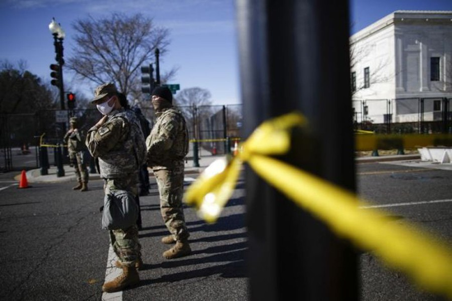 Members of the National Guard secure the area near the Capitol for possible protest ahead of US President-elect Joe Biden's inauguration, in Washington, US on January 15, 2021 — Reuters photo