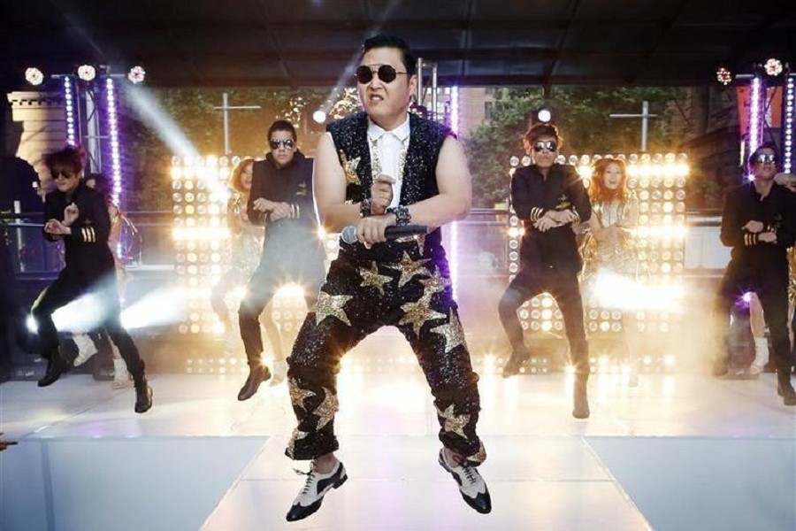 """South Korean singer Psy performs his hit """"Gangnam Style"""" during a morning television appearance in central Sydney, October 17, 2012 — Reuters/Files"""