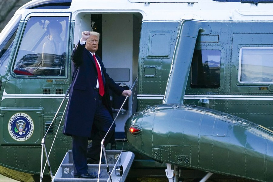 """Trump leaves White House, says 'It's been a great honour"""""""