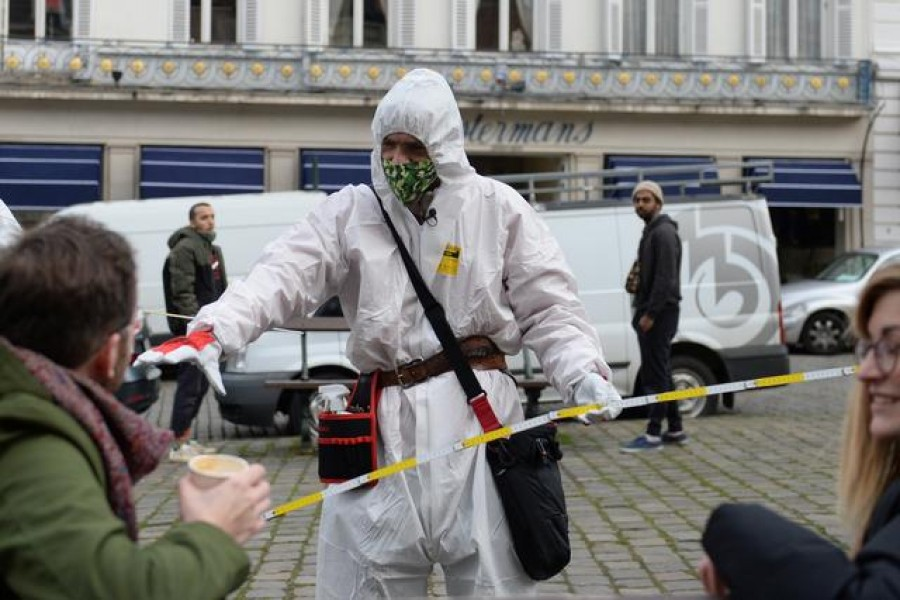 """Brussels """"COVID boys"""" to police pandemic rules"""