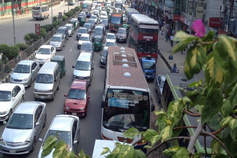 Agonising noise pollution poses serious health risk in Dhaka: Study