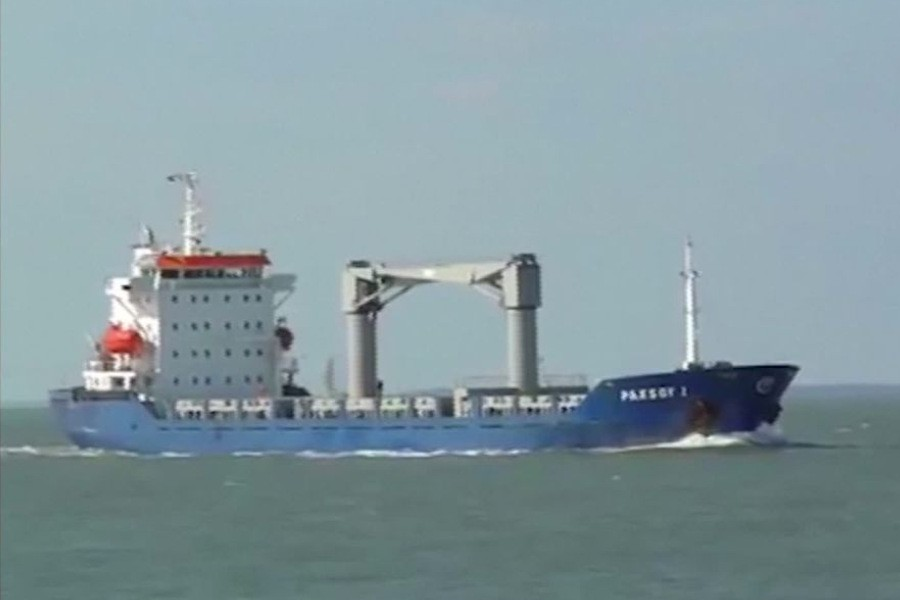 Pirates kidnap 15 sailors from Turkish container ship off Nigeria