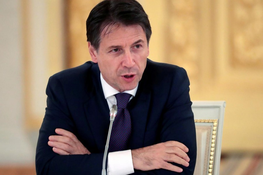 Italian premier resigns, setting off scramble for new allies