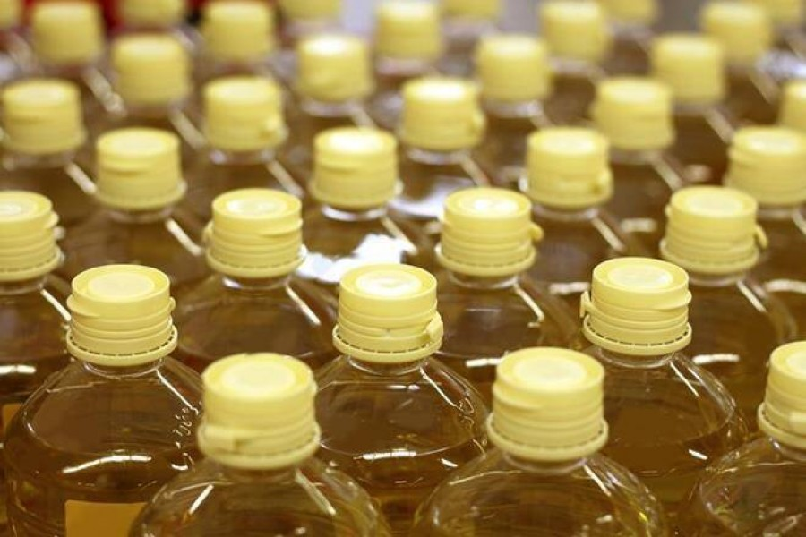 Millers asked to keep edible oil supply orders at check
