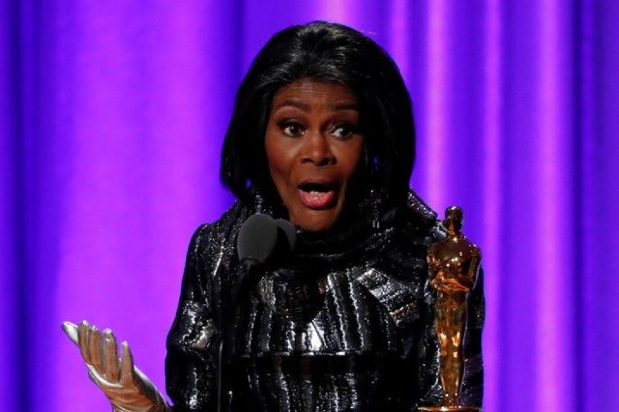 Actress Cicely Tyson accepts her Honorary Academy Award on November 18, 2018 — Reuters/Files