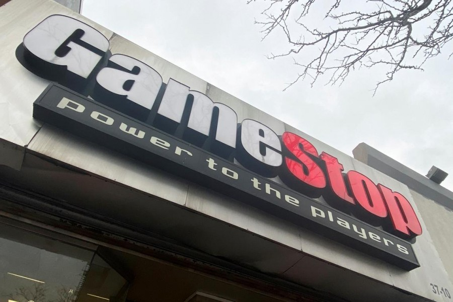 FILE PHOTO: A GameStop store is seen in New York, US, January 27, 2021. REUTERS/Nick Zieminski/File Photo