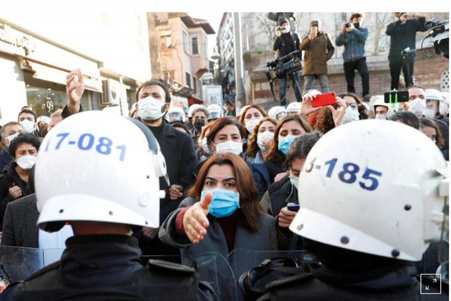 Turkey denies criticism of response to university protests