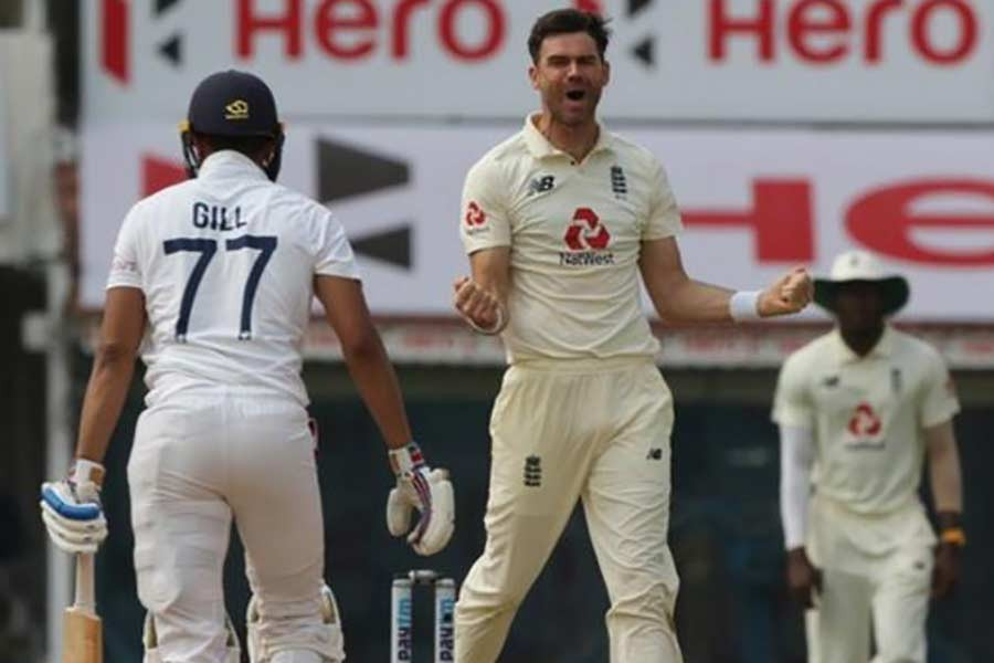 England inflict 227-run defeat on hosts India