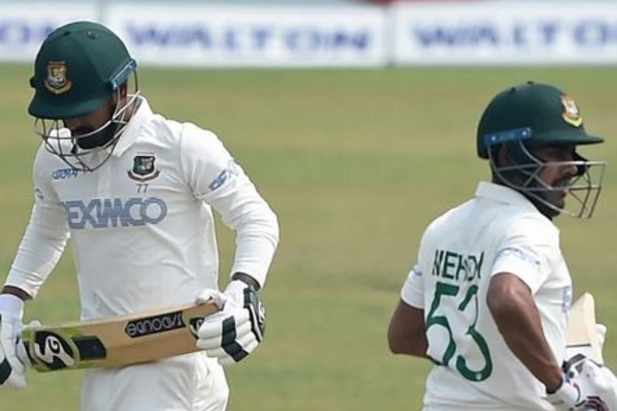 Liton, Mehidy bag fifties as Tigers thrive slowly