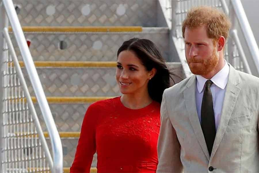 Harry, Meghan make final split with British royal family