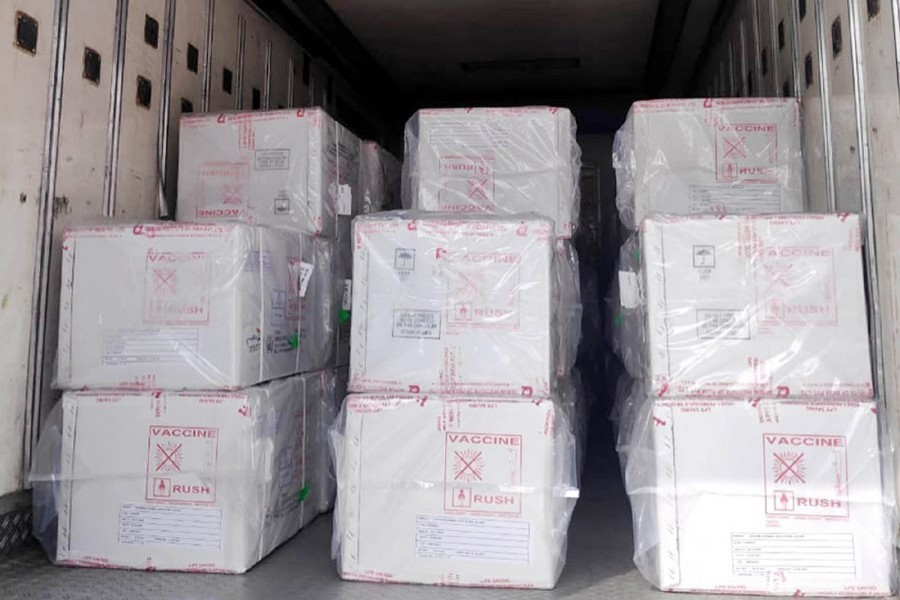 The first consignment of Covid-19 vaccine arrives at Hazrat Shahjalal International Airport in Dhaka in a special flight from India — Focus Bangla file photo