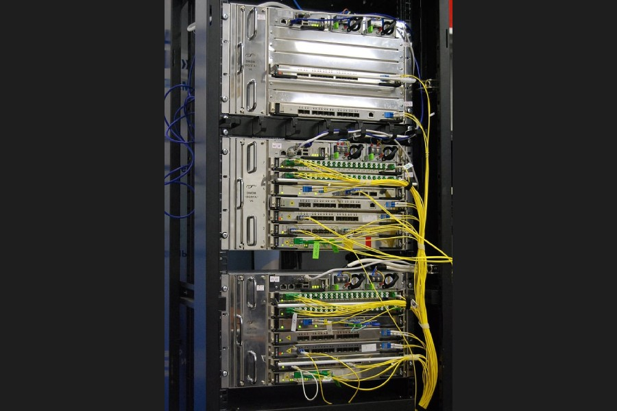 Network operators can't import, install DWDM for leased network