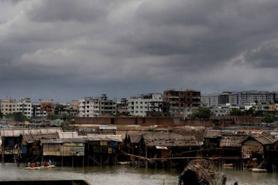 Almost 12m Bangladesh may face climate-induced migration by 2031: Study