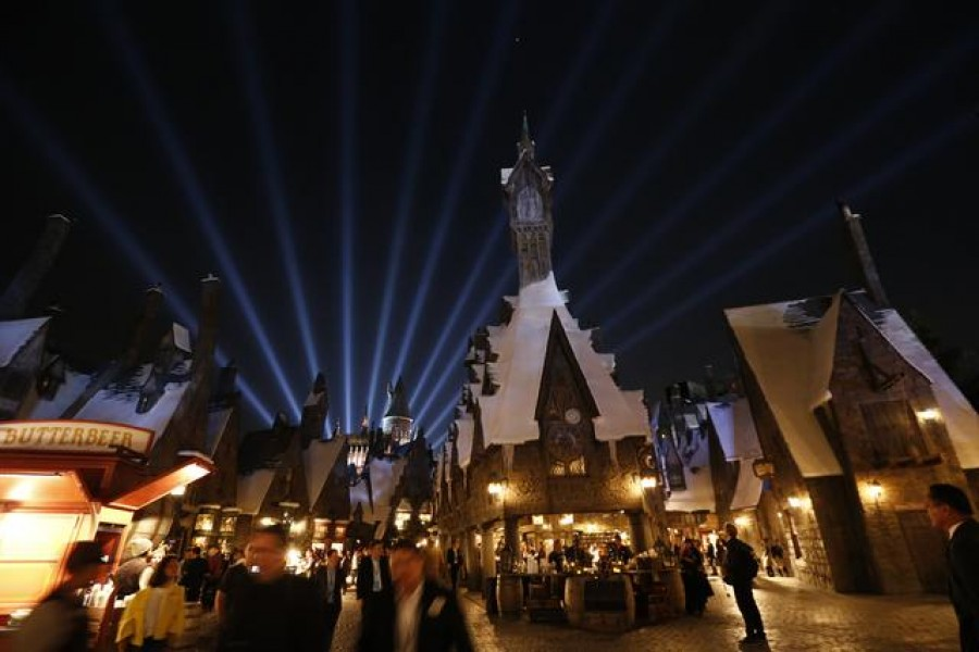 """FILE PHOTO: A general view of """"The Wizarding World of Harry Potter"""" attraction during a special preview opening at Universal Studios Hollywood in Universal City, California April 5, 2016. REUTERS/Mario Anzuoni"""