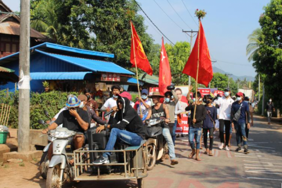 Villagers attend a protest against the military coup, in Launglon township, Myanmar April 4, 2021 in this picture obtained from social media. Dawei Watch/via REUTERS