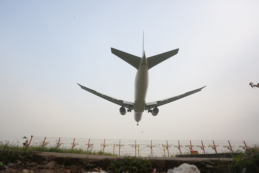 Netherlands to ban flights from India over virus fear