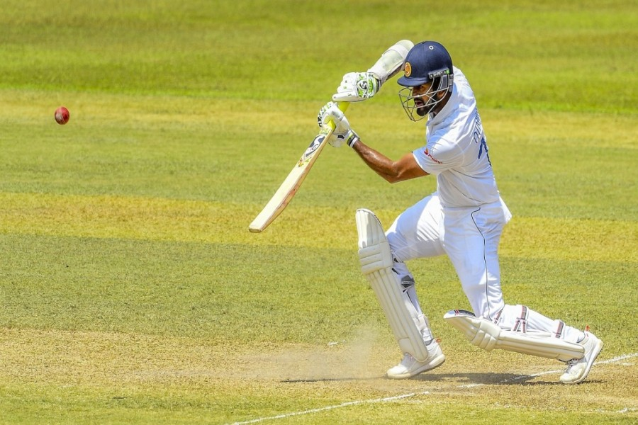 Sri Lanka opt to bat first, Shoriful makes Test debut
