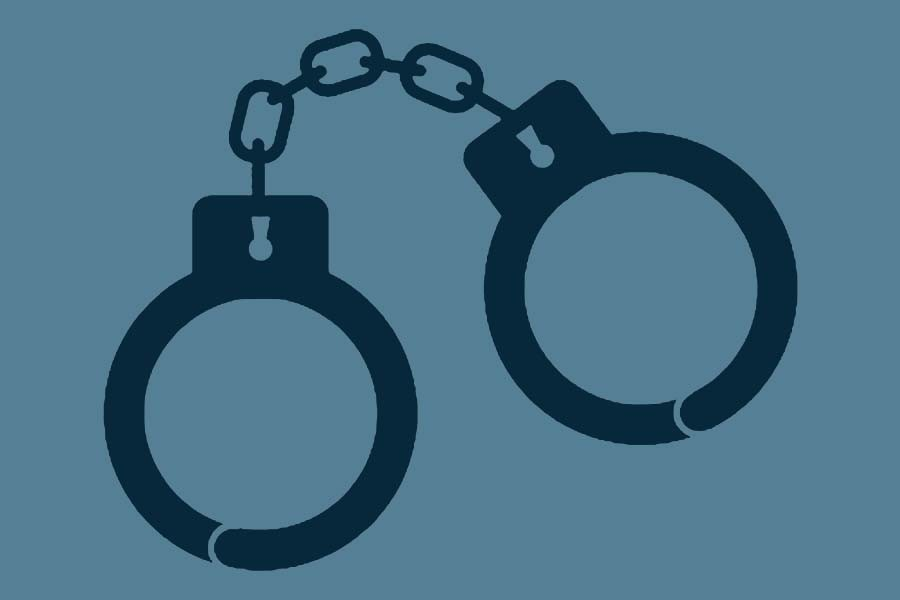 Robbery at 11 Natore shops, five arrested