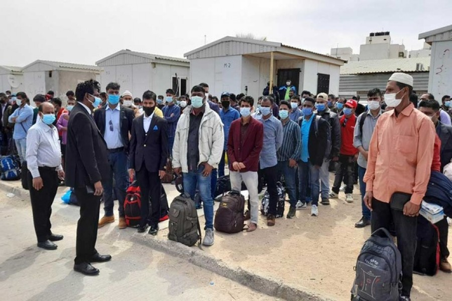 Another 160 Bangladeshi workers return from Libya