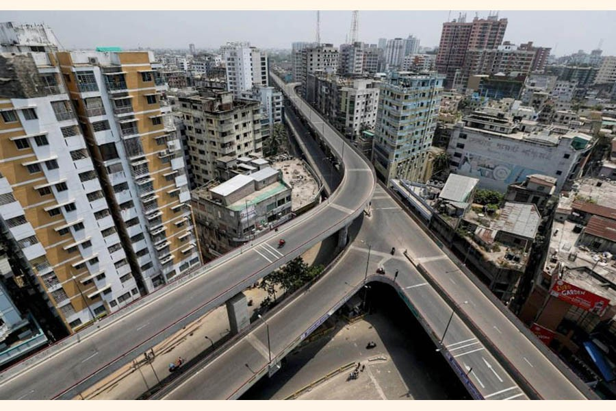 Aerial photo taken on April 14, 2021 shows empty roads amid a strict lockdown to curb the spread of Covid-19 in Dhaka  —Xinhua photo
