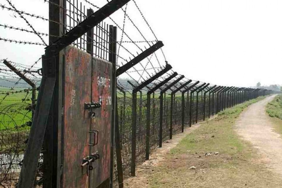 Border with India to remain shut for 14 more days