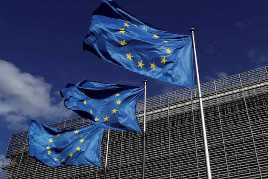 EU agrees to ease travel restrictions on non-EU tourists