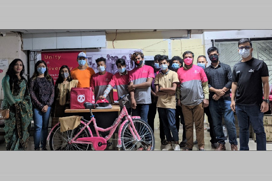 foodpanda adds transgender riders to its delivery fleet