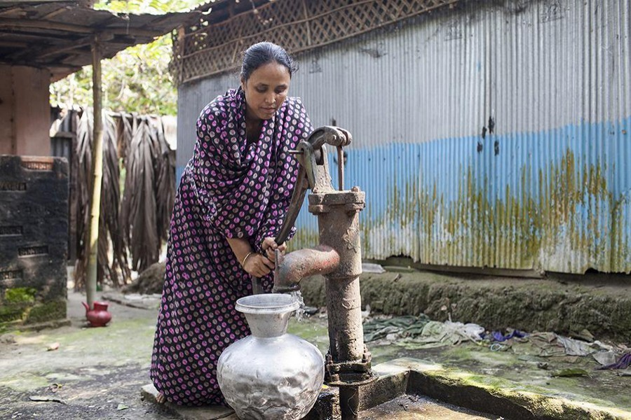 Experts for raising hygiene allocation in FY22 budget to fight Covid