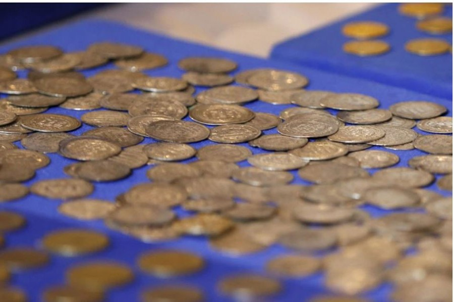 Coins at the National Museum of Iraq, which US special forces recovered in an operation against an Islamic State commander known as Abu Sayyaf in May 2015 (File: Reuters/Thaier Al-Sudani)