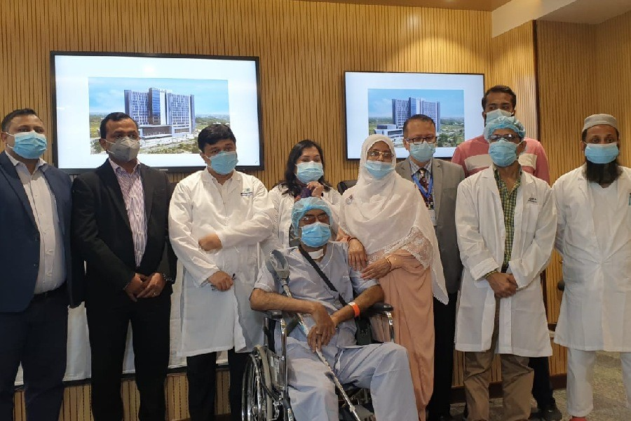 Evercare conducts Chattogram's first successful thoracic endovascular aortic repair