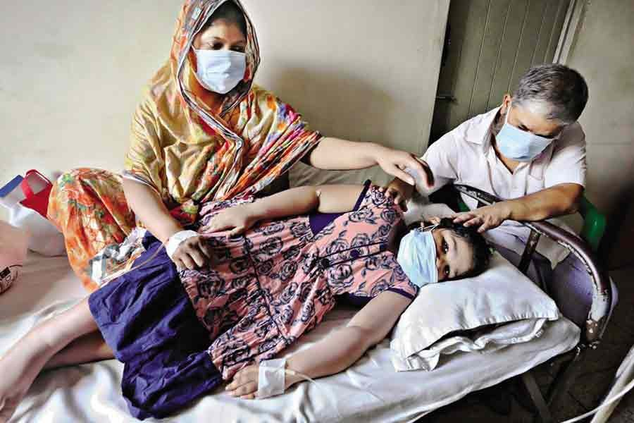 These three members of a family have got admitted to a private hospital in Motijheel area with dengue fever. Bangladesh sees a sharp rise in the number of dengue cases these days amid Covid crisis. The photo was taken on August 18 this year. — FE file photo