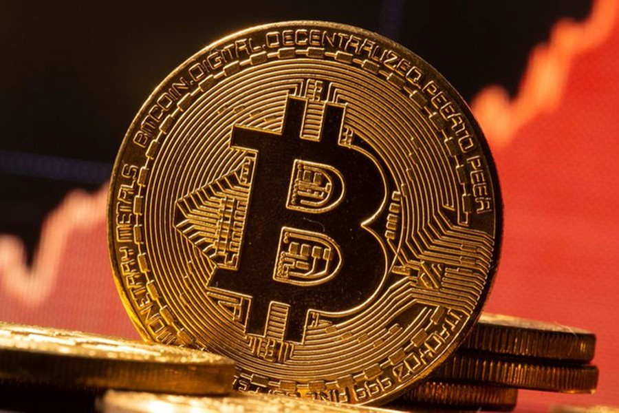 El Salvador's bitcoin digital wallet beset by technical glitches