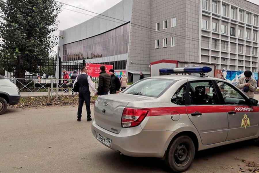 A car of Russia's National Guard at the scene after a gunman opened fire at the Perm State University in Perm, Russia on September 20, 2021 — Reuters photo