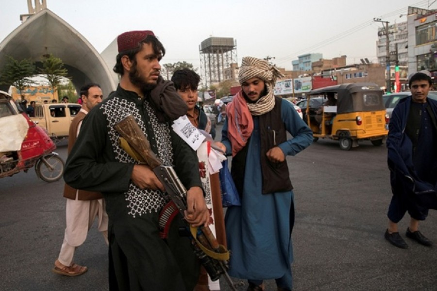 Taliban soldiers are seen in a street in Herat, Afghanistan September 10, 2021. WANA (West Asia News Agency) via REUTERS