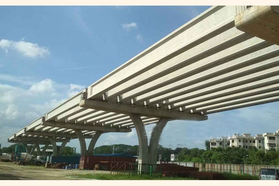 Under construction elevated expressway, one of the mega projects, in Dhaka. —Photo bdnews24.com