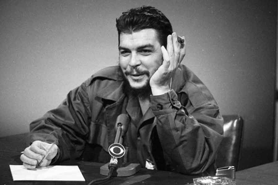 Ernesto Che Guevara was born on May 14, 1928 and killed on October 9, 1967.