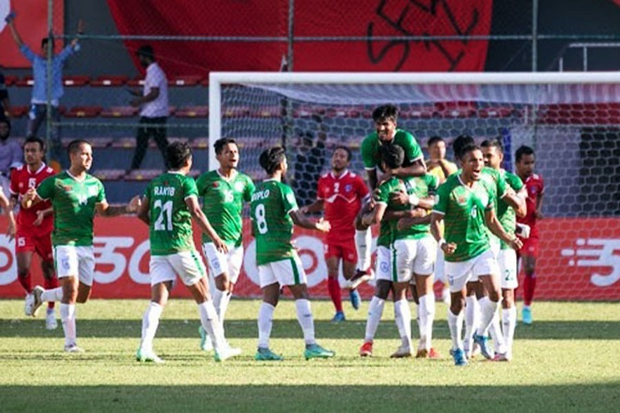 Late penalty crushes Bangladesh's SAFF final hopes