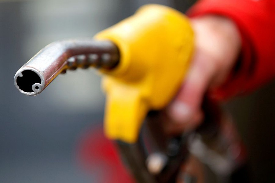 Oil eases on profit taking, demand jitters